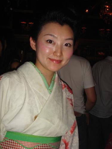 バー ピアノのマユミさん